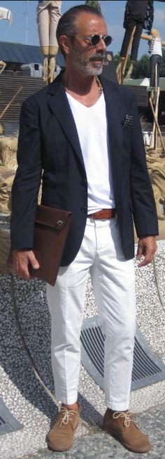 Milan Street Style @ Pitti Uomo. Men's Spring Summer Fashion.