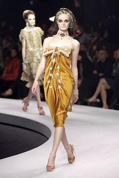 Christian Dior Resort 2008 Fashion Show - Lisa Cant