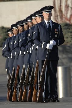 US Air Force ceremonial honor guard drill team