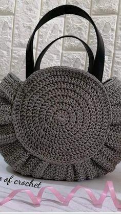Easy Crochet, Crochet Motif, Crochet Stitches, Knit Crochet, Crochet Patterns, Easy Bag, Simple Bags, Crochet Videos, Channel