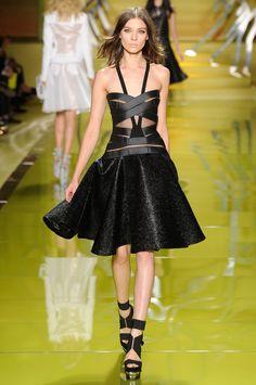Milan Fashion Week Spring 2014: The Looks We Love  - Versace Spring 2014 Look 9