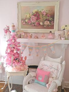 Image detail for -Cinnamon Rose Cottage: Aqua and Pink Christmas Decor <3 Shabby Chic Cottage Vintage Christmas Roses