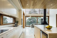 Modern Cabin in Australia Designed by Moloney Architects