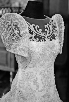 The Veluz Bride: Featured Brides; maybe less lace and less embelishments; more invisible arms Modern Filipiniana Gown, Filipiniana Wedding Theme, Wedding Gowns, Wedding Cakes, Filipino Fashion, Philippine Fashion, Marchesa, Elie Saab, Filipino Wedding