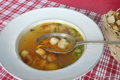 Romanian Food, Romanian Recipes, Tasty, Yummy Food, Kefir, Soup And Salad, Soups And Stews, Pune, Thai Red Curry