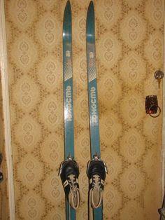 Лыжи деревянные 160 см с ботинками+палки - Игрушки и спорт - Детская барахолка