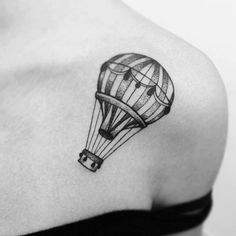 Hot Air Ballon Black and White I want a hot air balloon tattoo so badly.
