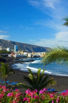 Nadire Atas on Beautiful Beaches To Visit Tenerife, Canary Islands, Spain Oh The Places You'll Go, Cool Places To Visit, Places To Travel, Africa Travel, Spain Travel, Canaries Tenerife, Hotel Am Meer, Spain And Portugal, Canary Islands