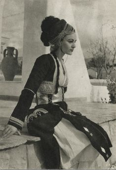 Woman with traditional costume from Roumlouki,Macedonia,Greece Macedonia Greece, Athens Greece, Greek Traditional Dress, Traditional Outfits, Greek Girl, Greek Woman, Greece Pictures, Kai, Greek History