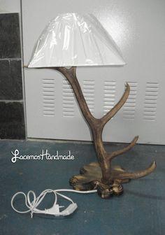 lampara de cuerno de benado 50 € mas gastos de envio Lighting, Handmade, Diy, Facebook, Home Decor, Deer Antlers, Antlers, Different Types Of, White Colors