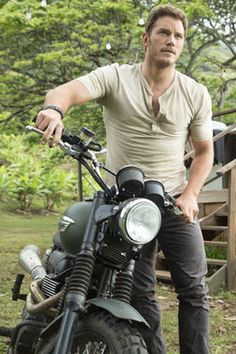 Chris Pratt and his Triumph from Jurassic World