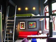 ◆ビビッドカラーのポップな家【No.82】 の画像|◆世界のカラフルインテリア◆DECOZY◆