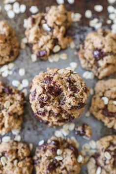 Gluten-free oatmeal cookies made two ways. These perfectly crispy on the outside, soft on the inside cookies are refined sugar-free and healthy enough for breakfast. Dog Treat Recipes, Fudge Recipes, Great Desserts, Healthy Desserts, Gluten Free Oatmeal, Healthy Ice Cream, Breakfast Cookies, Oatmeal Cookies, Breakfast For Kids