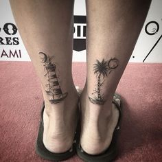 Look a little off by the way he's standing, but fun little tattoos to do…