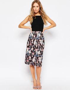 47 Best Voor xan images   Accessorize skirts, Floral dresses, Flower ... c0a8402503
