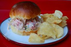Lobster Roll with Tarragon | entertaining by the bay #recipe