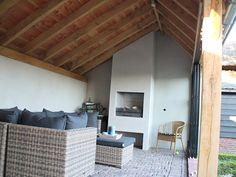 Openhaard in veranda