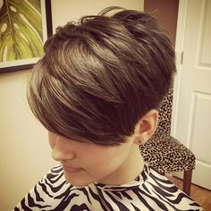 @nothingbutpixies @nothingbutpixies Instagram photos | Websta (Webstagram) Edgy Short Hair, Short Hair Cuts For Women, Short Hair Styles, Easy Short Haircuts, Cute Hairstyles For Short Hair, Haircut And Color, Shiny Hair, Pixie Haircut, Great Hair