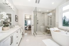 10 Plums by Wallmark Custom Homes, represents a one-of-a-kind opportunity for home buyers who are looking for a new or custom view home in North Vancouver. Modern Master Bedroom, Master Bathroom, Vancouver, Beautiful Bathrooms, Custom Homes, Bathroom Ideas, Bathtub, Fancy, House
