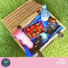 Sit back and enjoy the games this lunch break - Wimbledon style! Who are you cheering on? #Wimbledon #Liveyoung