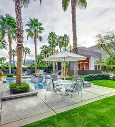 A peak inside Elizabeth Taylor's Palm Springs home that you can now vacation in. More photos here.
