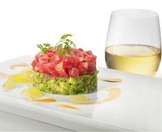 Tuna Tartar Pairs with Sauvignon Blanc