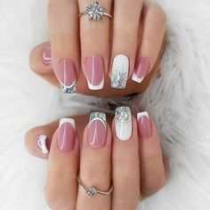 Want some ideas for wedding nail polish designs? This article is a collection of our favorite nail polish designs for your special day. Easy Nails, Simple Nails, Cute Nails, Natural Nail Designs, Short Nail Designs, Wedding Nail Polish, Wedding Nails, Perfect Nails, Gorgeous Nails