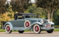 1931 Packard Deluxe Eight Model 840 Convertible Coupe. I'm not the biggest fan of these pre-1932 Packard convertible coupes. I'd rather a roadster.