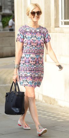 Fearne Cotton makes a statement in the coolest dress and flats combo. // #StreetStyle