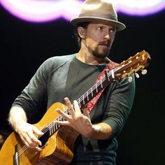 """Jason Mraz on his plant-based died: """"I ride longer distances on my bike, can do more pull-ups than ever, and my brain seems to have a larger capacity for new projects, problem solving, songwriting, and fielding random questions..."""