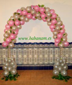 Arco de globos en espiral para comunión niña. Babanam.