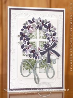 This Wondrous Wreath Christmas Card was taught by Irene and Rayleen at our annual Hamilton Christmas Extravaganza.  The wreath is stamped in variegated purples using the Baby Wipe Technique.  www.creativestamping.co.nz   Stampin' Up!   Holiday Catalogue