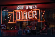 Diner by Jose Ortuño Laguia on 500px