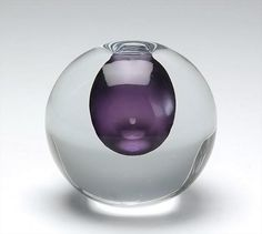 Vase by Gunnel Nyman, Nuutajärven lasi Nordic Design, Scandinavian Design, Glass Photography, Art Of Glass, Ceramic Tableware, Murano, Vintage Vases, Shades Of Purple, Glass Design