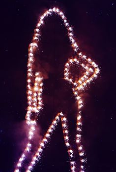 Bey Lights Up Superbowl