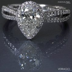 Yes Please!!! Verragio dimond ring...Tony this is the one i want!...some day ;)