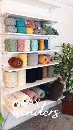 Macrame Wall Hanger, Craft Room Storage, Macrame Design, Macrame Cord, Macrame Tutorial, Macrame Projects, Diy Crafts Videos, Yarn Crafts, Room Decor Bedroom