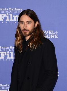 Jared tucked his strands behind his ears at the Santa Barbara Film Festival, which allowed his scruff to steal the spotlight.