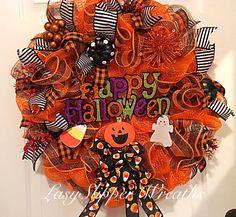 Halloween Wreath, Deco Mesh Wreath, Trick or Treat Wreath, Ghost Wreath, Happy Haunting Wreath by LadySlipperWreaths on Etsy