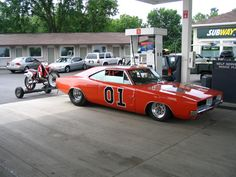 General lee tubbed and towing a trailer