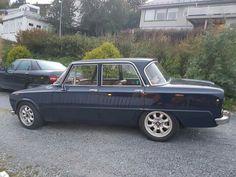 Giulia with wheels from Saab.