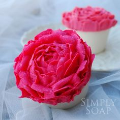 Beautiful Soaps by Simply Soap Soap Cake, Cupcake Soap, Cupcake Cakes, Rose Cupcake, Soap Melt And Pour, Cupcake Bath Bombs, Savon Soap, Rose Soap, Soap Bubbles