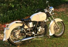 Honda GB 250 goes old school