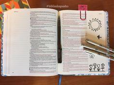 """¿Cuál será el mensaje que la Palabra de Dios tendrá para ti? """"Vosotros sois la luz del mundo; una ciudad asentada sobre un monte no se puede esconder."""" S. Mateo 5:14 #RVR1960 #bibliadeapuntes #Biblia #biblejournaling #biblejournalingenespañol #pigmamicronpens #illustratedfaith #fecreativa #feilustrada #midiariobíblico Bible, Bullet Journal, Instagram Posts, Journals, Quotes, Word Of God, Words, Messages, City"""