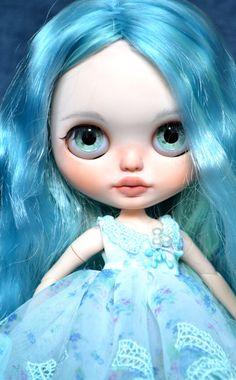 Přizpůsobené Blythe doll by Carlaxy Tato dívka má podle CARLXYDOLLS