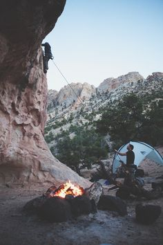 All of my favorite things!😍 Rock climbing and Camping and Hiking Adventure Awaits, Adventure Travel, Adventure Quotes, Into The Wild, Escalade, Go Camping, Camping Hammock, Rain Camping, Camping Cups