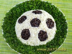 Салат «Футбол» Good Food, Cookies, Desserts, Recipes, Crack Crackers, Tailgate Desserts, Biscuits, Cookie Recipes, Dessert