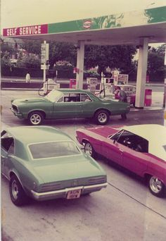 Getting gas in the 1965 Gto, 70s Muscle Cars, Nostalgia, Old Gas Stations, Good Old Times, Texaco, Retro Aesthetic, Fast Cars, Cool Cars