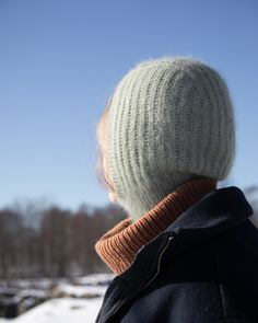 A season extending must, the Gatan balaclava is also fun and quick to knit. Perfect for layering in winter or to get that summer jacket in use a little earlier in the shoulder seasons.