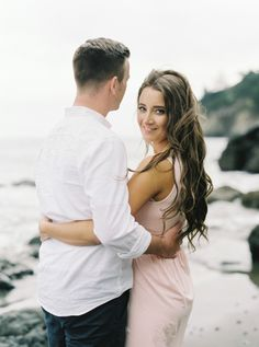 Beach engagement: http://www.stylemepretty.com/california-weddings/marin/2015/07/30/whimsical-organic-muir-woods-and-muir-beach-engagement-session/ | Photography: Mariel Hannah - http://www.marielhannahphoto.com/